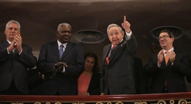 Raúl Castro deixa liderança de Cuba sem completar reformas