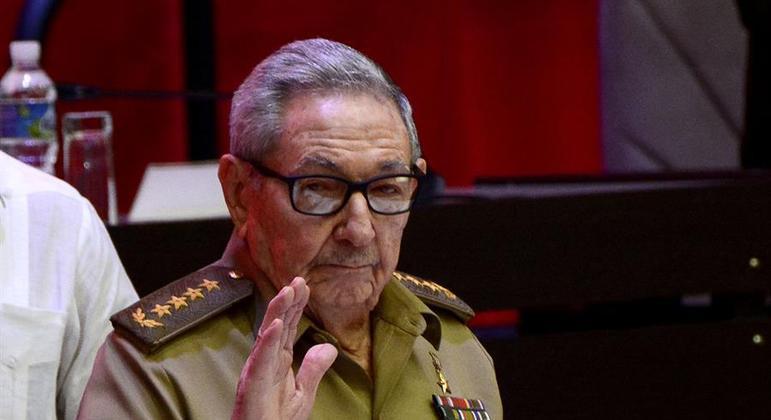 Raúl Castro havia se aposentado em abril, durante congresso do partido
