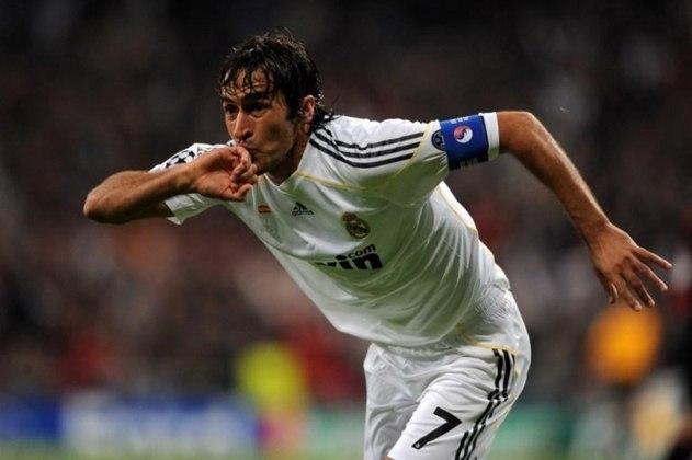 Raúl - Fechando a lista aparece o ídolo do Real Madrid e artilheiro Raúl: 505 jogos.