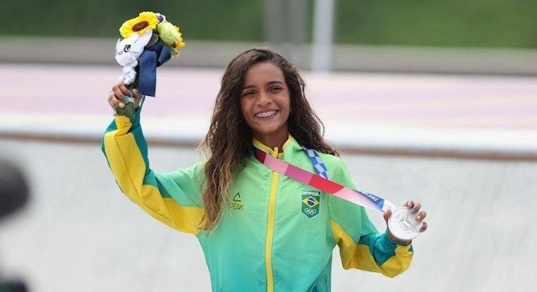 Rayssa Leal conquistou a segunda medalha brasileira no skate