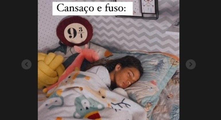 Rayssa posta foto descansando em seu quarto em Imperatriz