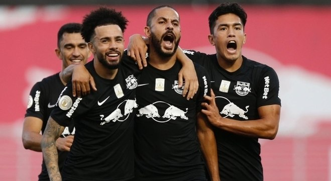 Time de Bragança Paulista vence em casa e joga Goiás na lanterna do Brasileirão
