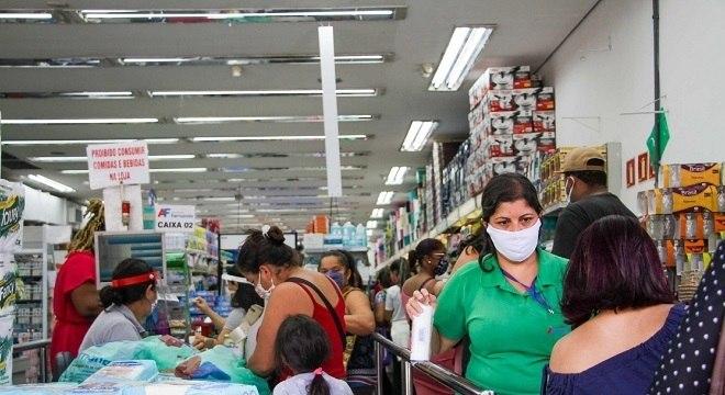 Comércios devem funcionar com restrições e novas regras sanitárias