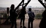 Os 350 trabalhadores da Dama de Ferro passaram oito meses em desemprego parcial (ERTE), um recorde para a imponente estrutura que antes da crise recebia mais de 7 milhões de visitantes anualmente, 75% deles estrangeiros, o que o torna o monumento mais visitado do mundo