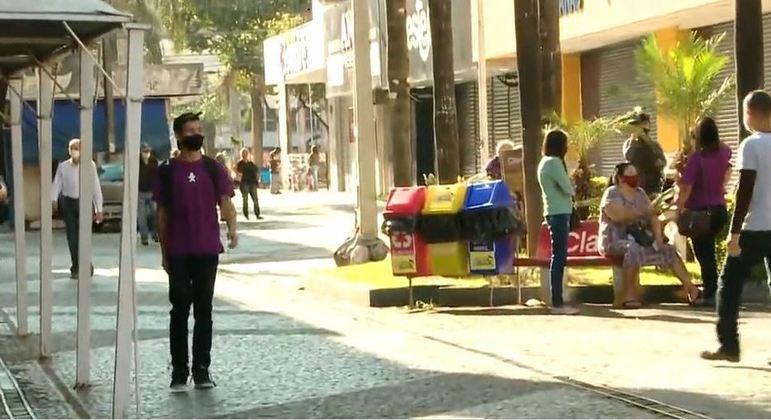 Araçatuba (SP) retoma aulas e reabre comércio hoje após ataques a bancos