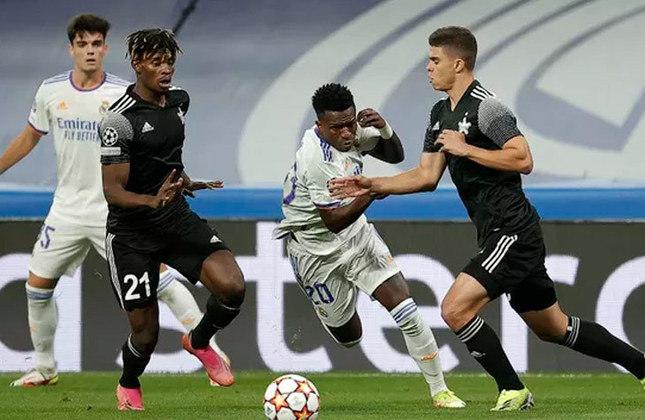 Real Madrid 1 x 2 Sheriff - Fase de grupos da Champions League de 2021/2022 - Data - 28/09/21 - Estádio - Santiago Bernabéu