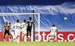 Real Madrid 1x2 SheriffO queridinho dos espectadores da Champions League, Sheriff, surpreendeu novamente e venceu o Real Madrid por 2 a 1, no retorno dos espanhóis ao Santiago Bernabéu
