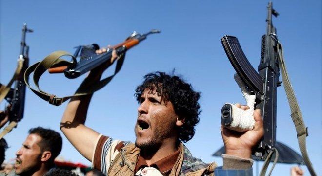 A guerra civil do Iêmen é um dos conflitos que alimentam as tensões entre Irã e Arábia Saudita