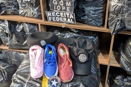 e924ac910 Receita apreende 20 mil pares de sapatos falsificados em São Paulo ...