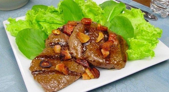 Receitas com bacon: 7 opções para deixar suas refeições mais gostosas