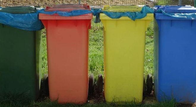 Material deve ser descartado em lugares específicos para ser reaproveitado