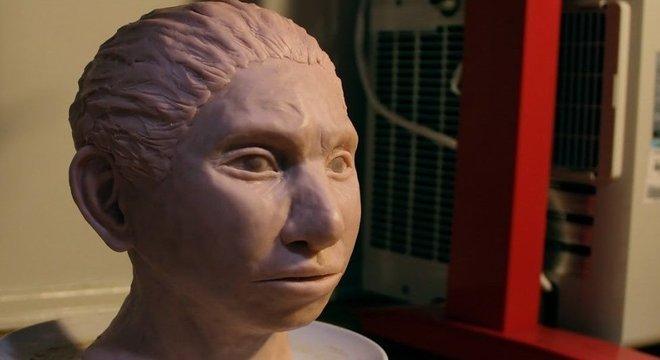 Os hominídeos de Denisova foram contemporâneos dos Neandertais e dos humanos modernos