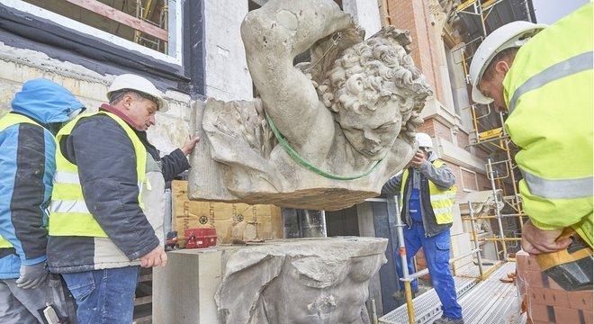 Reconstrução do Stadtschloss; especialista alemão recomenda 'não reconstruir museus de uma forma como se nada tivesse acontecido, porque o desastre é parte da história também'