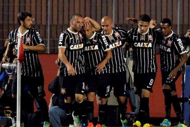 Recopa/Corinthians: o São Paulo perdeu a Recopa de 2013 ao perder para o rival duas vezes: 2 a 1 e 2 a 0..