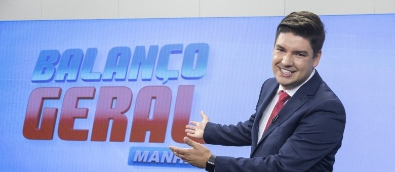 Bruno Peruka apresenta o Balanço Geral Manhã de segunda a sexta-feira, às 6h, na Record TV