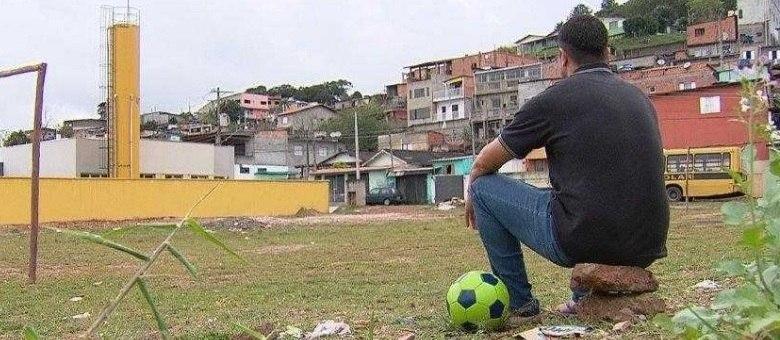 Campeão mundial de clubes perdeu tudo para o vício nas drogas
