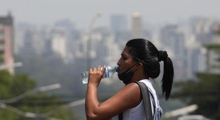 Temperatura máxima pode chegar aos 32ºC na capital paulista nesta quinta feira (19)