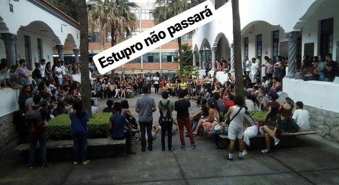 Alunos da PUC-Minas formam rede de apoio para debater violência sexual