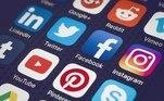 2011- Viver em rede no século XXI: os limites entre o público e o privado