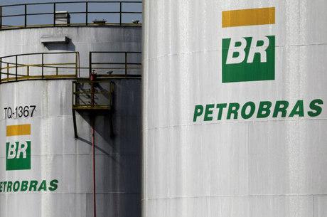 Petrobras planeja vender 8 das suas 13 refinarias
