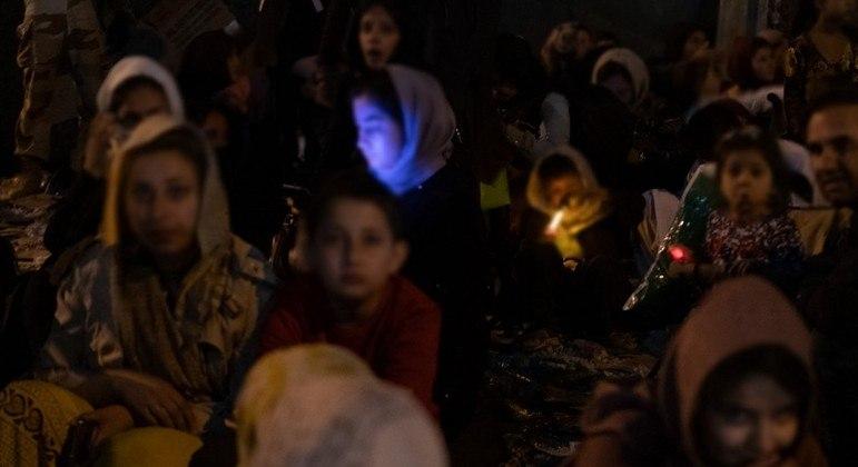 ONU estima que 500 mil pessoas vão deixar o Afeganistão para buscar abrigo em outros países em 2021