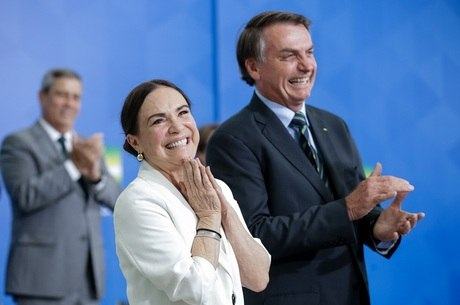 Casamento com Bolsonaro passa por crise