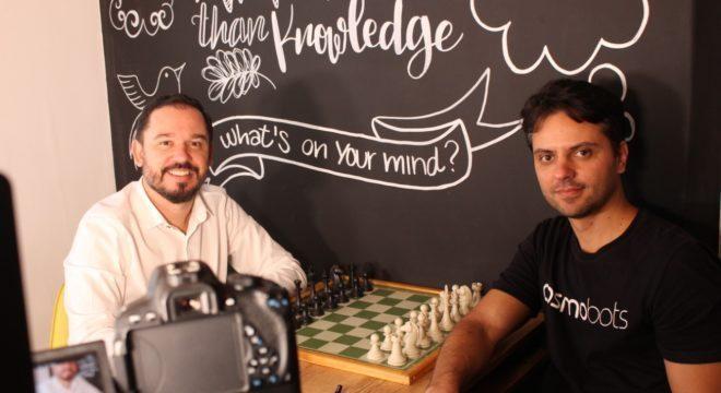 Reginaldo Pereira e Rafael Pettersen, da CosmoBots