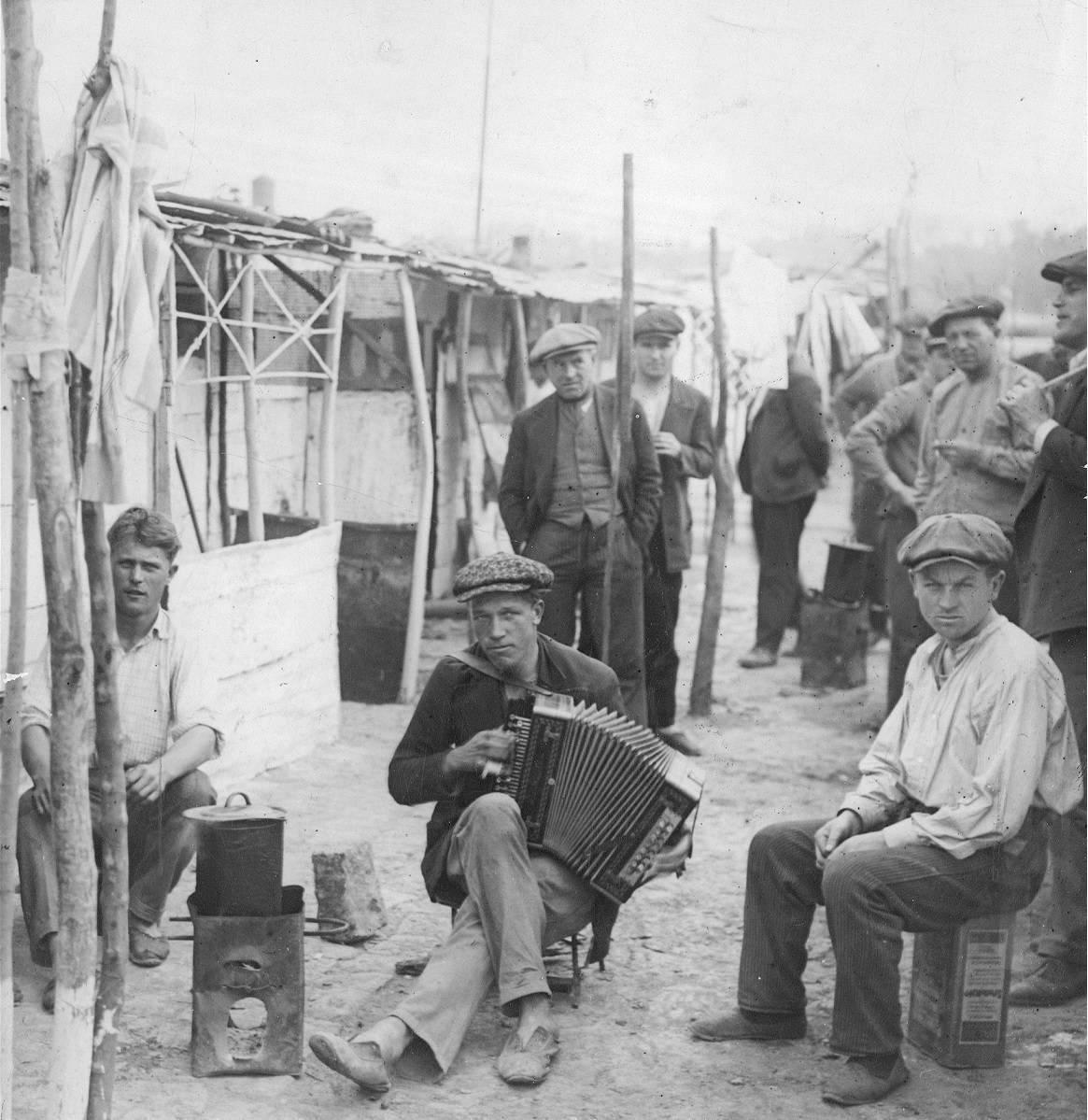 'Villa Desocupación': comunidade que antecedeu Villa 31 abrigou especialmente imigrantes estrangeiros fugindo da Grande Depressão