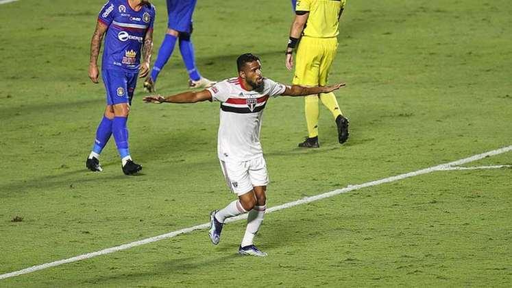 Reinaldo - 1 gol: conhecido pela ofensividade, o lateral-esquerdo marcou na goleada sobre o São Caetano, no Morumbi, por 5 a 1;