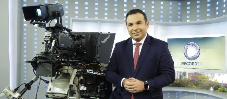 Reinaldo Gottino é o apresentador do Balanço Geral SP