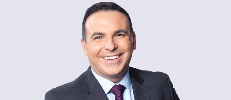 Reinaldo Gottino apresenta o Balanço Geral SP nas tardes da Record TV