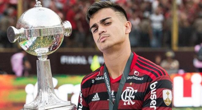 Comparado com Kaká, Reinier, aos 17 anos, é vendido para o Real Madrid