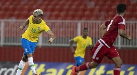 Brasil, com Reinier, venceu Emirados na Sérvia