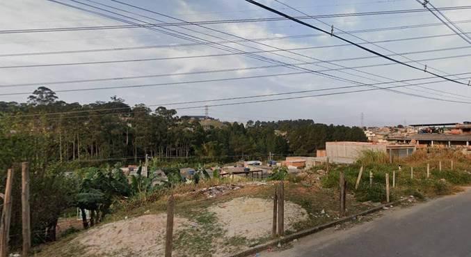 Área fica localizada no bairro Pequeno Coração, em Itaquaquecetuba