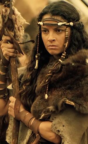 Renah (Ana Terra): Primeira filha de Adão e Eva. Toma a responsabilidade das demais filhas para si enquanto guarda mágoa do pai.