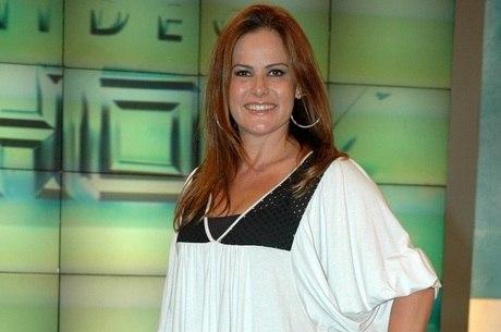 """Renata Ceribelli, repórter do """"Fantástico"""""""