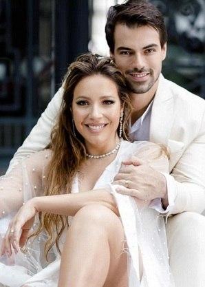 """Os recém-casados Renata Dominguez e  Leandro Gléria,no """"Power Couple"""""""