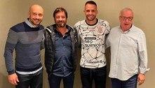 Corinthians vence disputa com o Flamengo. Renato Augusto chegou