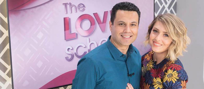 Renato e Cristiane Cardoso apresentam o The Love School aos sábados na Record TV