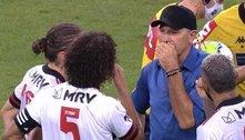 Ceni, desmoralizado, foi demitido. Jogadores querem Renato Gaúcho