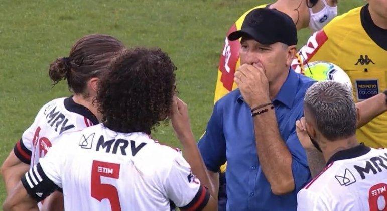 Renato Gaúcho tem excelente relacionamento com os jogadores do Flamengo. É o favorito