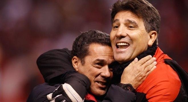 Luxemburgo e Renato Gaúcho. Ficarão sem contrato. Exigem reforços para ficar