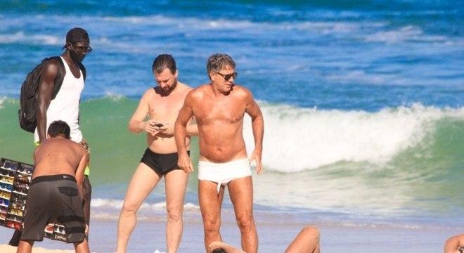 Renato Gaúcho não se intimida. Diz que se quiser, vai voltar para a  praia