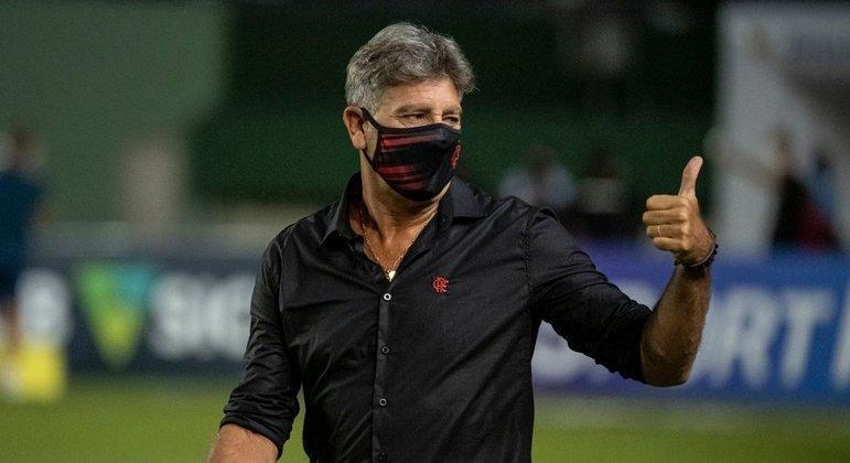 Renato Gaúcho exala confiança. O Flamengo precisava de um treinador firme, convicto