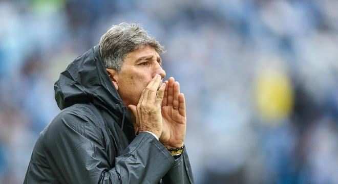 Renato Gaúcho ganha mais no Grêmio do que Domènec receberá no Flamengo