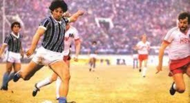 Renato Gaúcho, contra o Hamburgo, na Interclubes de 1983