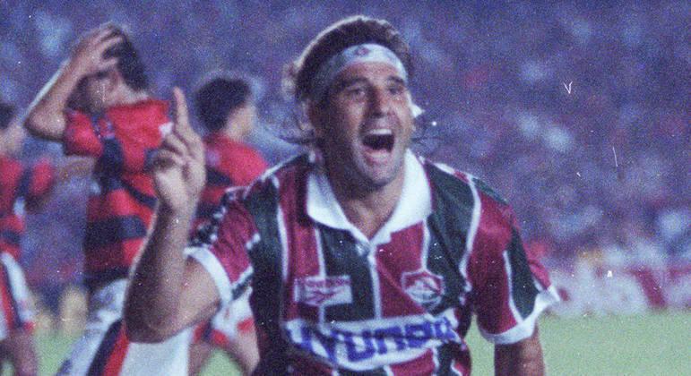 Renato Gaúcho - Autor do histórico gol de barriga contra o Flamengo em 1995, Renato marcou o nome no Fluminense. Ficou no clube até 1997 e treinou a equipe anos depois, quando foi campeão da Copa do Brasil de 2007 e vice da Libertadores em 2008.