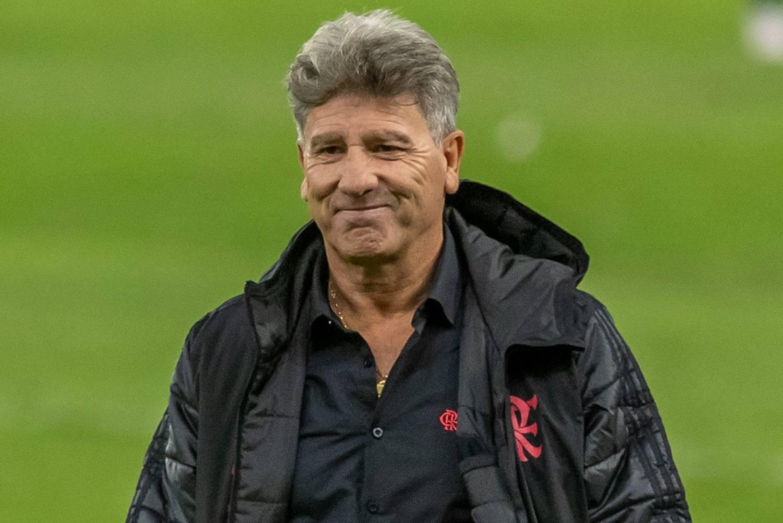 Flamengo com Renato está se adequando a diferentes momentos, avalia jornalista
