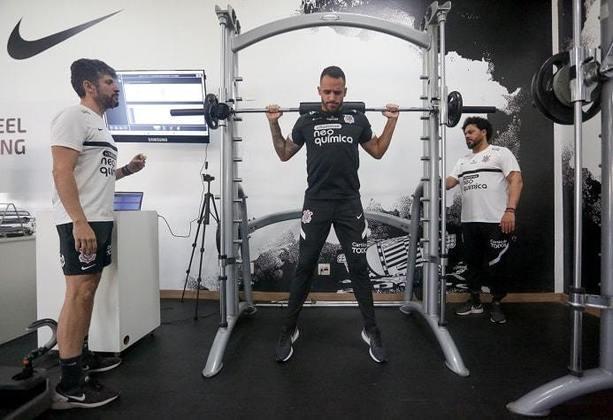 Renato trabalhou com os fisioterapeutas Caio Mello e Luciano Rosa no Lab R9.