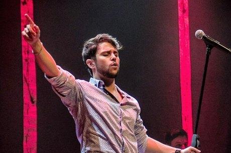 Renato vai fazer live em prol de músicos independentes